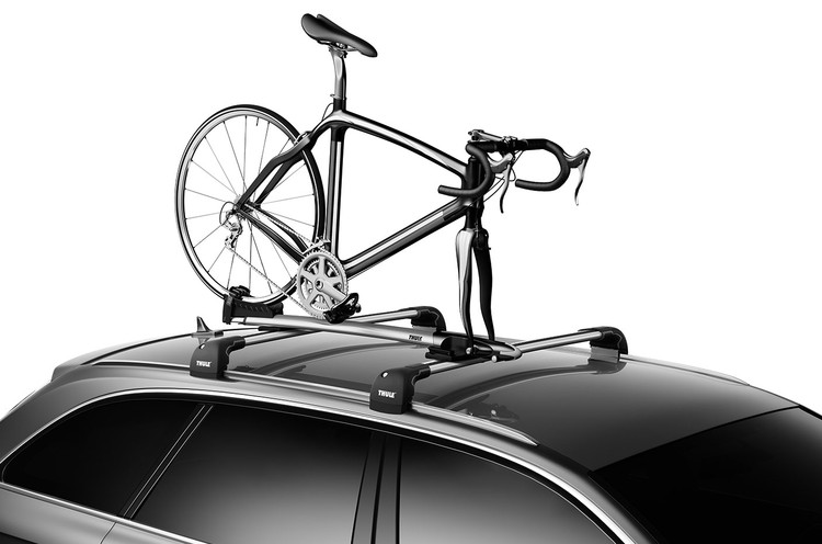 Thule Sprint T-Track 569 on a car